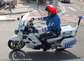 POLITIE_Sint-Pieters-Leeuw_motard