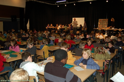 17de schoolscrabbeltoernooi te Sint-Pieters-Leeuw