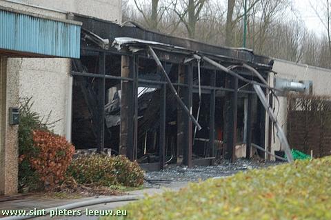 brand sportcentrum AJ Braillard te Ruisbroek - Sint-Pieters-Leeuw