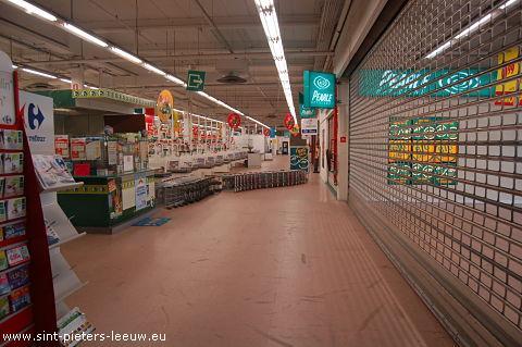 Carrefour Sint-Pieters-Leeuw
