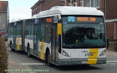 De Lijn bus 170 in Sint-Pieters-Leeuw