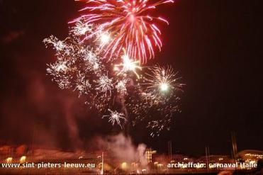 2010-12-21-archieffoto_vuurwerk