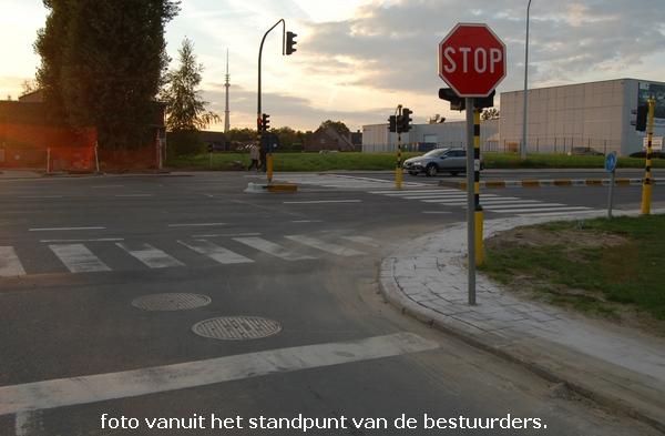 2013-10-02-verkeersbord-voor-verkeerslicht_01