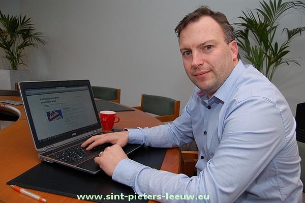 2014-02-28-aanmeldingsregister_scholen_Sint-Pieters-Leeuw