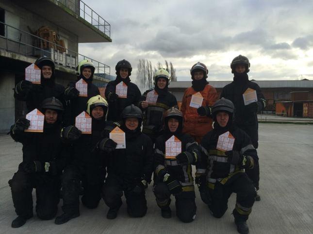 2014-12-24-rookmelders-actie-stagairs-brandweer-Halle
