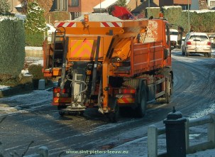 2014-12-28-strooiwagen_Sint-Pieters-Leeuw