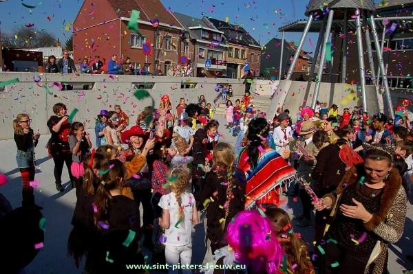 2013-03-13-carnaval_Den-Top (10)