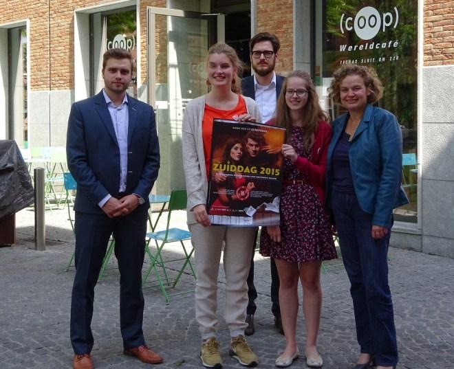 Kasper Demol (Voka), Marie Van Espen, Wim Van Edom (Zuiddag), Aline Van Driessche en gedeputeerde voor noord-zuid Tie Roefs