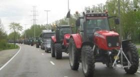 2015-09-05-archieffoto-boerenbetoging-tractors-onderweg
