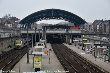 2017-04-24-station-perrons-Halle