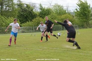 2017-05-01-mini-voetbaltoernooi-chiro-Zuun_07