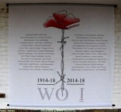 2017-11-14-herdenkingsbanner_WOI_slachtoffers_Sint-Pieters-Leeuw_1