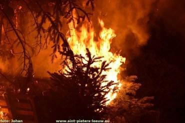 2018-01-06-LG-kerstboomverbranding_Vlezenbeek (33)