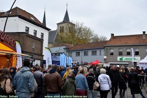 2019-11-11-jaarmarkt_Sint-Pieters-Leeuw (109)