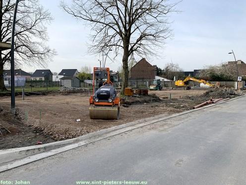 2021-04-09-wegenwerken-Fabriekstraat_05_parking-voetbal_01