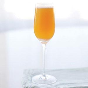 54ef8cbb3eb0c_-_apricot-fizz-recipe-lg