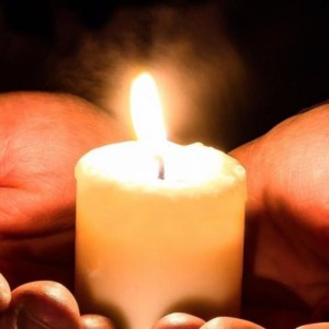Afhaalmoment kruikjes Lichtmis Sint Tillo @ Sint Tillokerk