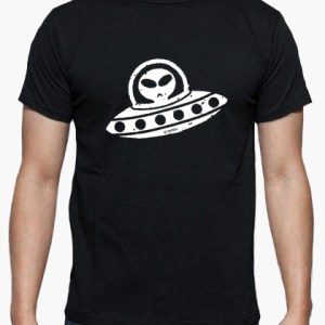 camiseta_UFO-1-negro
