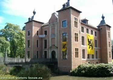coloma-met-vlaamse-leeuw-vlag1
