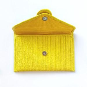 Cartera sobre artesanal amarillo SinuForYou