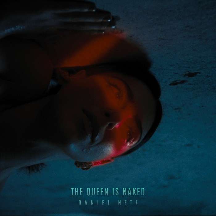 The Queen is Naked