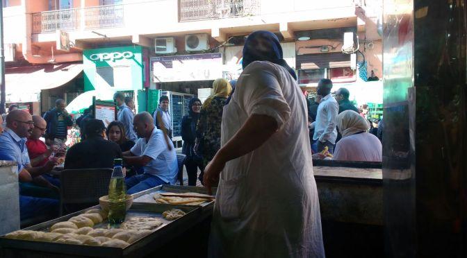 Donde desayunar, dormir, comer y como desplazarse en marrakech?