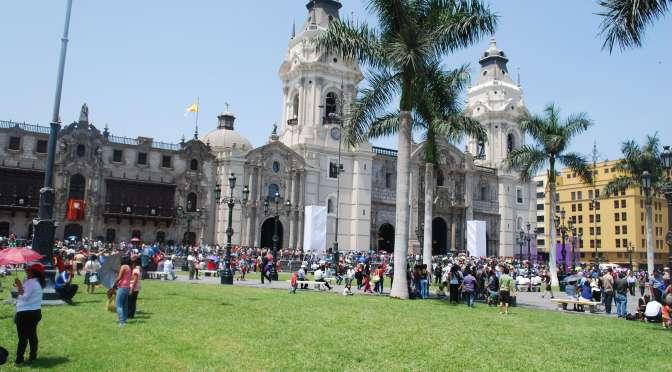 DÍA 2 – Lima diurno y autobús nocturno de Lima a Arequipa