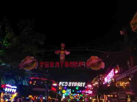 Pub Street Nocą - Atrakcje Siem Reap