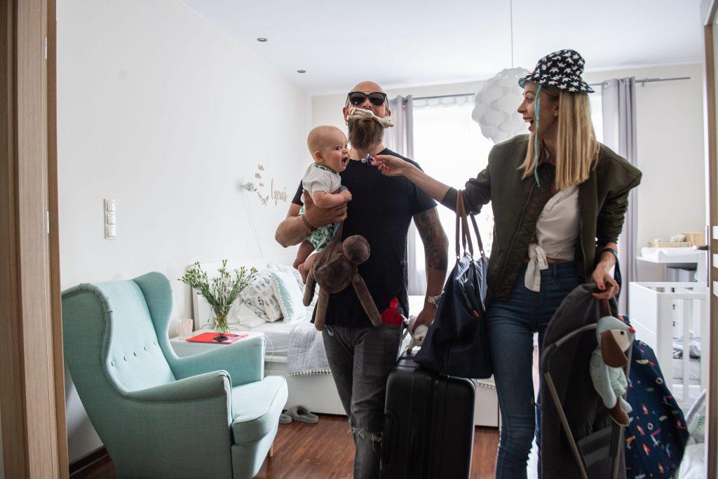 przydatne akcesoria na wakacje z niemowlakiem