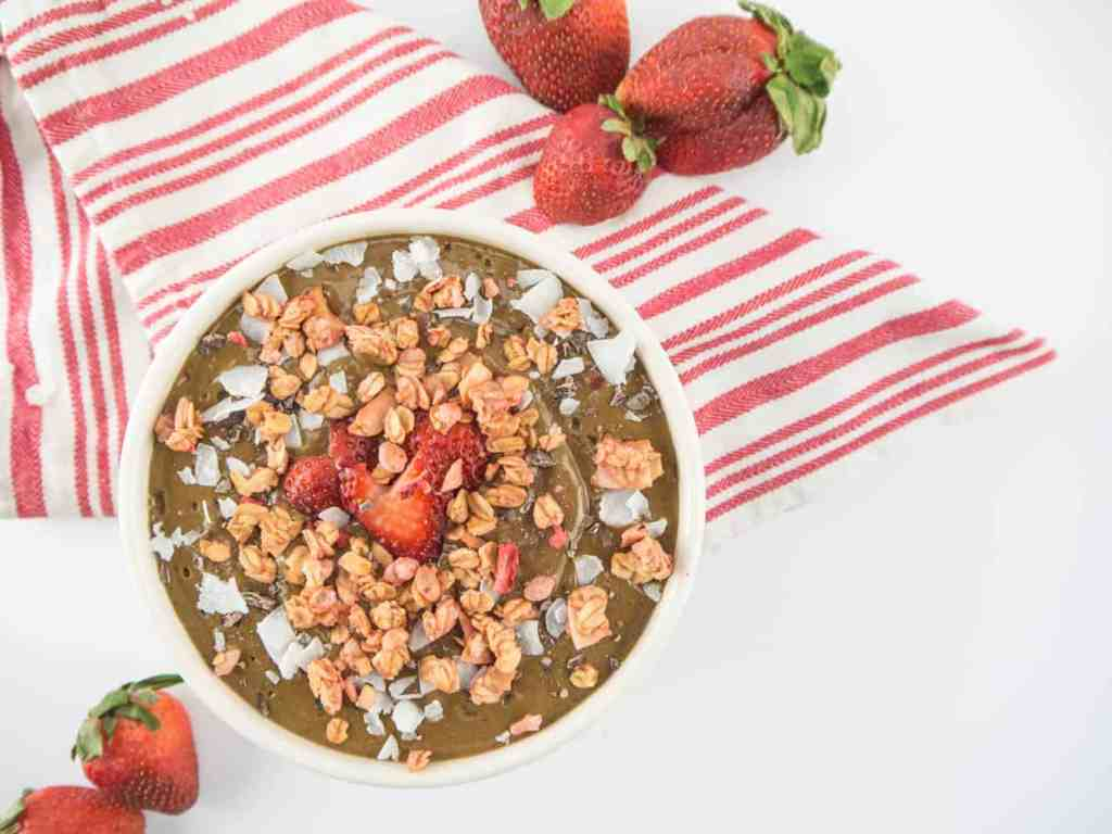 Chocolate Covered Strawberry Smoothie Bowl | Sip + Spice