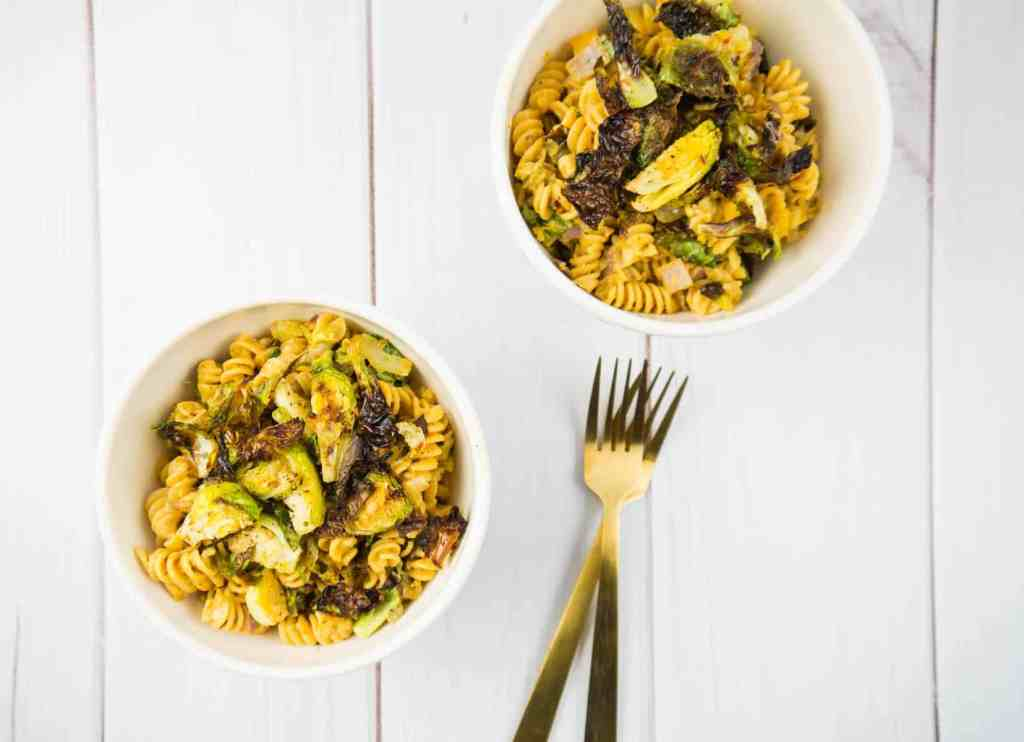 Spicy Roasted Veggie Mac and Cheese | Sip + Spice