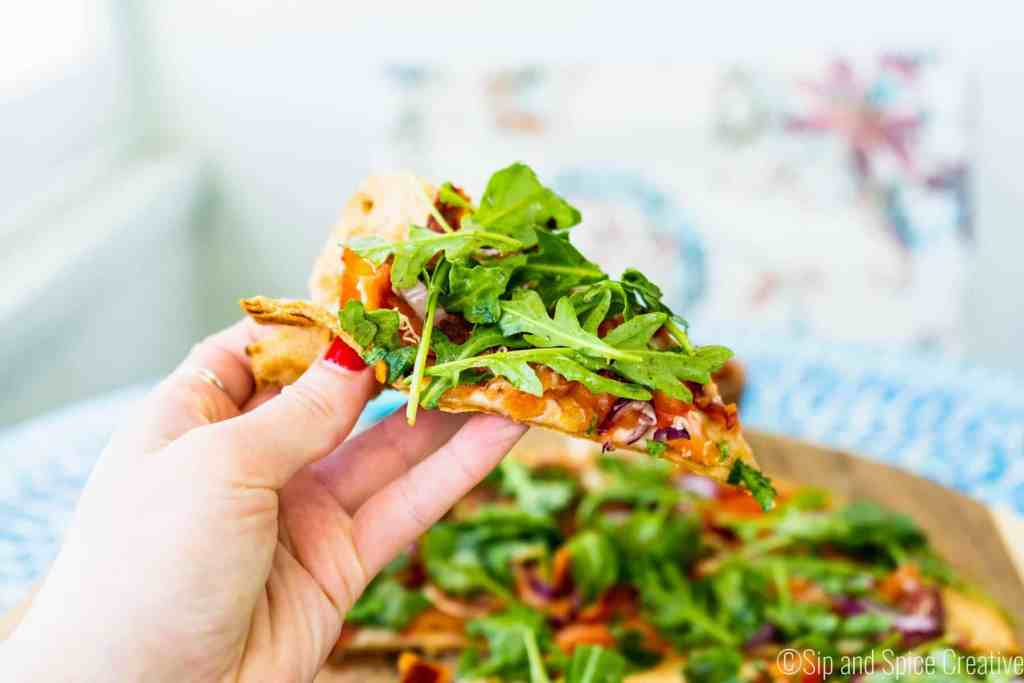 15 Minute BLT Flatbread Pizza | Sip and Spice