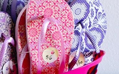 Bulk wedding flip flops for guest favors