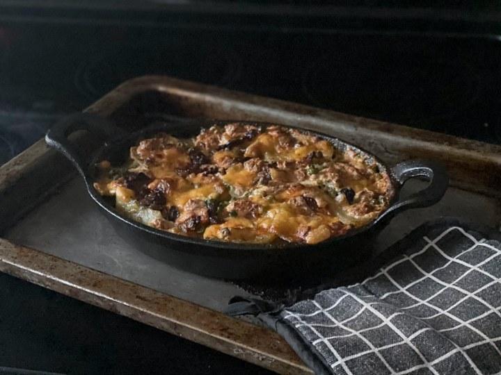 baked potatoes and pesto gratin