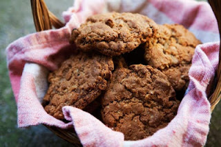 LET'S OAT SOME GOOD OLE COOKIES
