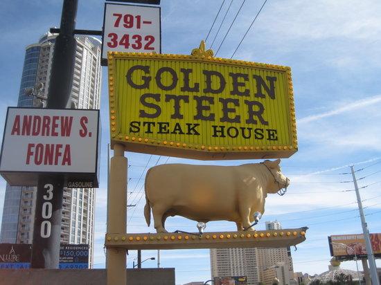 golden-steer-steak-house-1