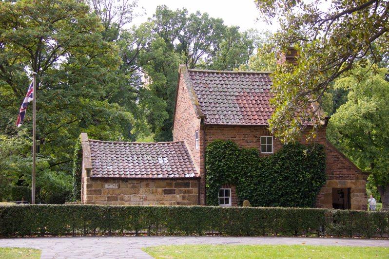 Captain Cook's Cottage Melbourne Australia 2.jpg