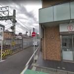 京急神奈川新町駅第一踏切でのトラック衝突脱線事故
