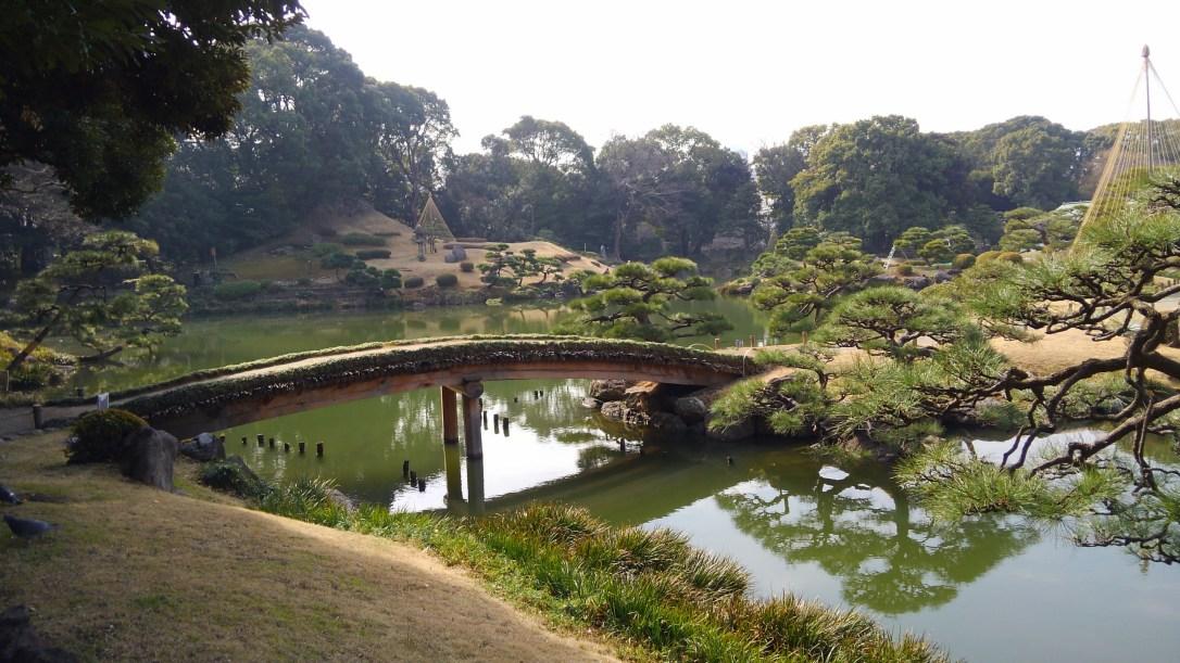 清澄庭園 中ノ島へ渡る橋