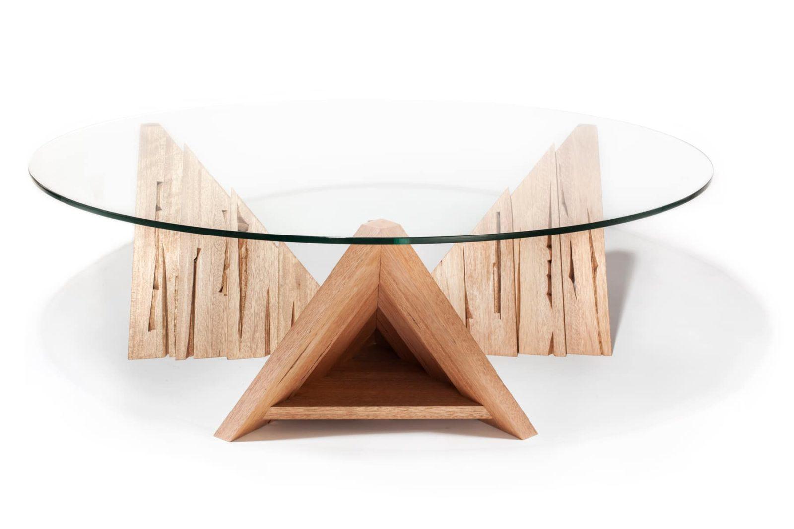 Sirope-proyectos-tuomas kuure-pieza1_3-estudio-agencia-creativa-branding