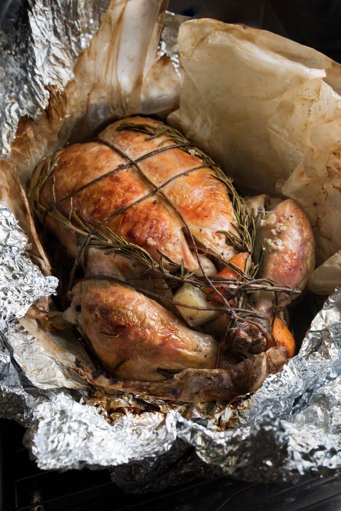 סירפלא: עוף שלם בגחלים, אורלי פלאי ברונשטיין, נמרוד סונדרס