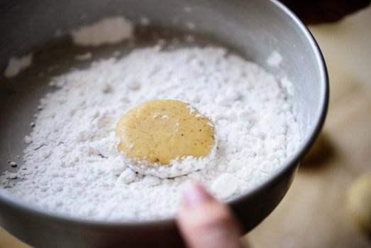 סירפלא: דובשניות תוצרת בית ( מתכון: אורלי פלאי ברונשטיין , צילום: נמרוד סונדרס)