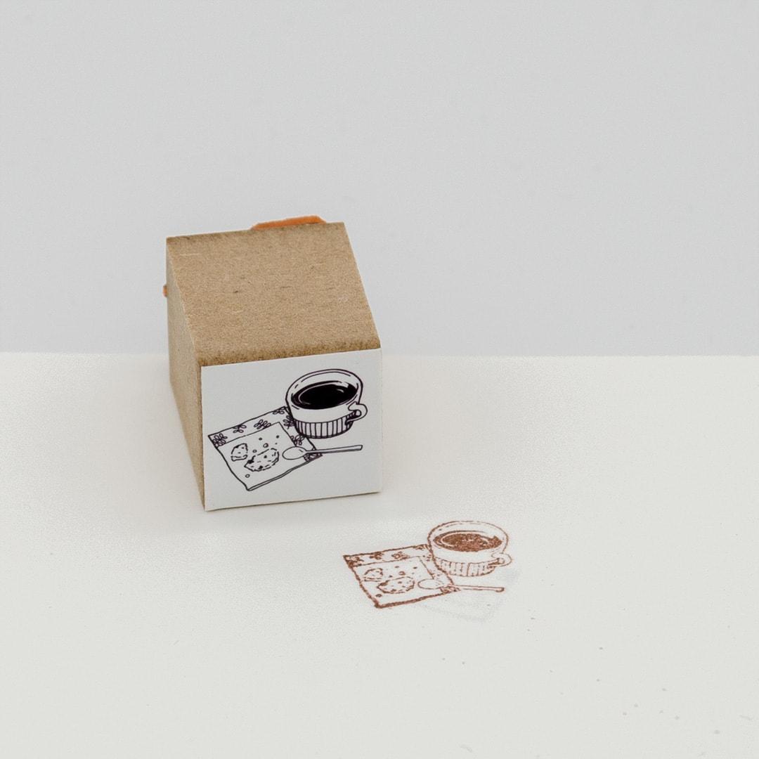 スタンプ コーヒーとクッキー