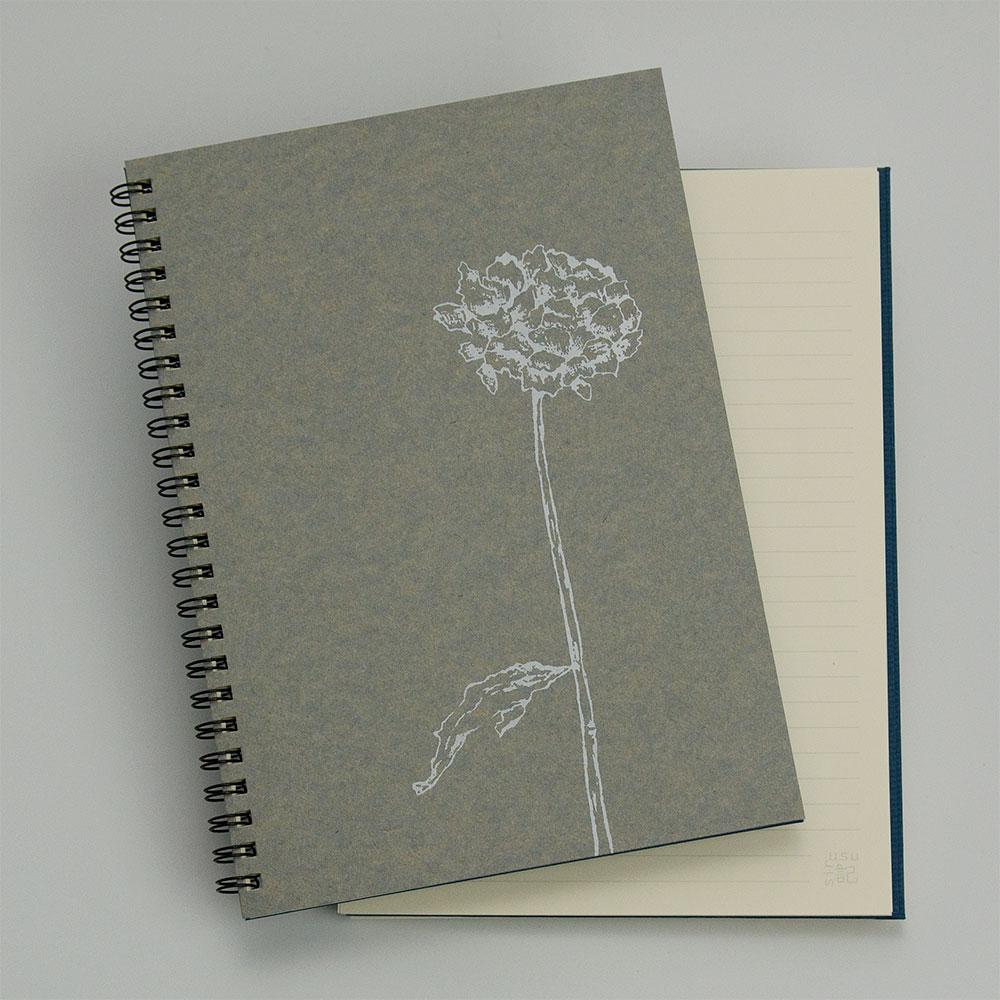 オーダーノート(A5)<br>dryflower<br>(裏表紙/濃青)イメージ1