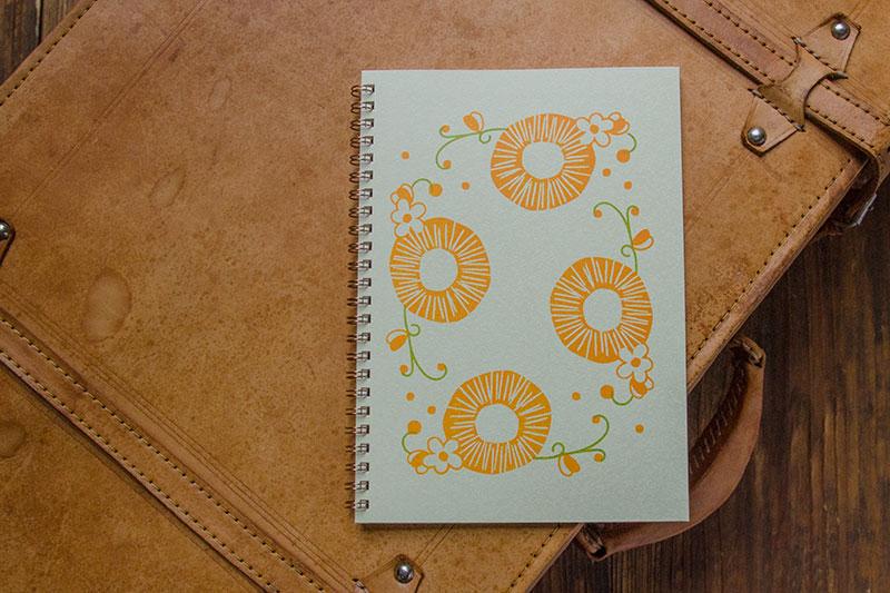 こだわりのリングノート。私だけのオリジナルデザインノート。だいだいのノート。