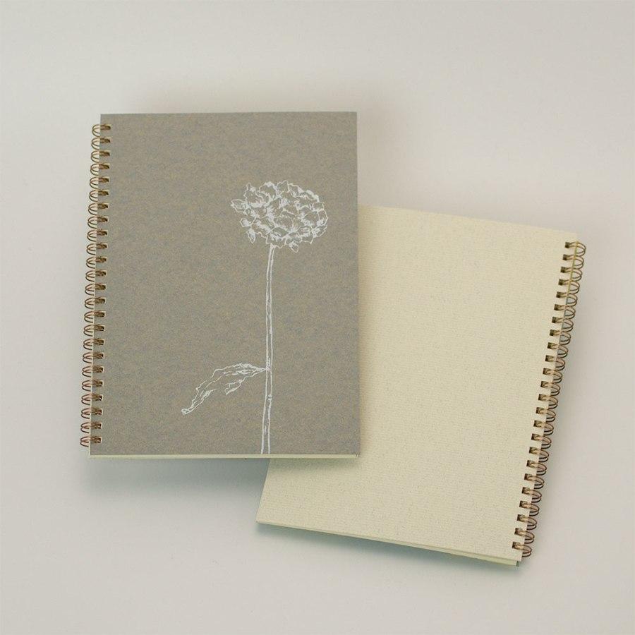オーダーノート(A5)<br>dryflower<br>(裏表紙/白銀)