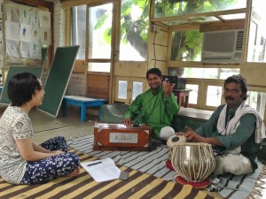 Learning some songs from guru (masters).