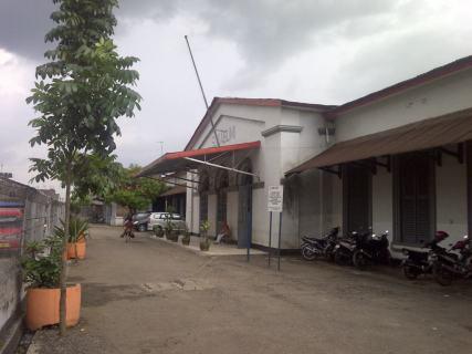 Stasiun bagian depan kiri