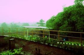 Hujan lebat mengguyur