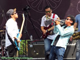 Duel bass dan trumpet
